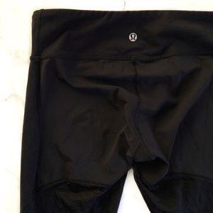 Lululemon | Black Cropped Leggings